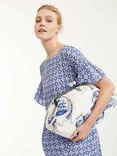 Handmade Fabric Bags, Best Purses, Frame Bag, Shopper Bag, Cotton Bag, Cloth Bags, All About Fashion, Max Mara, Purses And Handbags