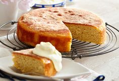 Vanilla teacake -  This simply delicious cake is perfect to have on hand when friends drop by.