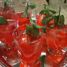 Non alcoholic drink was a hit. Pomegranate syrup,rose water lemonmint & strawberries with fizzy water.
