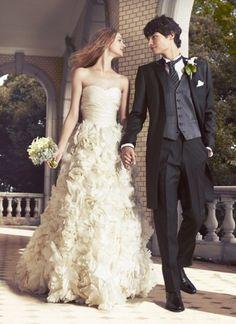ハツコ エンドウ ウェディングス(Hatsuko Endo Weddings) 銀座店 №3610 Monique Lhuillier ‐ Sunday rose / ロングタキシード