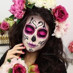 Colorful Sugar Skull Halloween Look ★ A Halloween look without sugar skull makeup is a look wasted! Our tunning ideas with glitter, rhinestones, and the burst of glam colors are here to help you keep up with the fancy Mexican tradition stylishly. Maquillage Sugar Skull, Yeux Halloween, Halloween Nails, Candy Skulls, Sugar Skulls, Candy Skull Makeup, Sugar Skull Face Paint, Halloween Makeup Sugar Skull, Sugar Skull Make Up