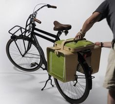 Bicycle Rack Picnic Basket Unfolds Into Chairs And A Table - DesignTAXI.com