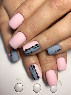 Nail art Christmas - the festive spirit on the nails. Over 70 creative ideas and tutorials - My Nails Trendy Nails, Cute Nails, My Nails, Ongles Or Rose, Lemon Nails, Lilo Und Stitch, American Nails, Christmas Manicure, Halloween Nail Art