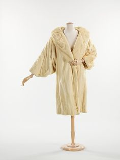 Evening coat, c. 1926, Révillon Frères. Brooklyn Museum Costume Collection at The Metropolitan Museum of Art