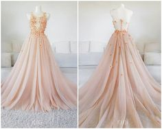 Peach Cloudlet Gown 🍑🍑🍑 This fancy lace and material flowers were hand-made and hand-painted by me. Despite the delicacy, dress weighs more… Nice Dresses, Dresses For Work, Awesome Dresses, Elegant Dresses, Crystal Gown, Bridal Gowns, Wedding Gowns, Rose Gown, Fantasy Gowns
