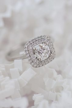 Totally loving the halo look of this engagement ring. #ShaneCo #ShaneCoSparkle