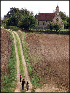 ♡ charming country living .. X ღɱɧღ  ❤️when folks walk to church ❤️ || All  sizes | 2007: Darmsden | Flickr - Photo Sharing!