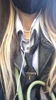 Estilo Ivy, Boarding School Aesthetic, Private School Girl, Super Rich Kids, Old Money, Rich Girl, Photo Dump, Gossip Girl, Aesthetic Clothes