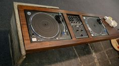 Concrete slab wooden turntables setup.