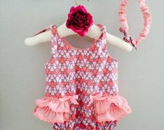 Beautiful and colorful bubbles baby girl summer romper Baby Girl Romper, Baby Girls, Beautiful Baby Girl, Summer Romper, Voici, Rompers, Tank Tops, Color, Women