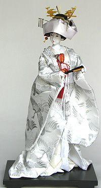 日本人形  「花嫁人形・白」edited by H. Valentino. What an extraordinary representation of a Shinto Bride.