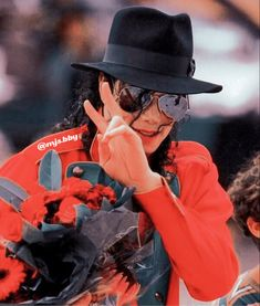 Michael Jackson Rare, Jackson Bad, I Luv U, The Jacksons, Rare Pictures, Bts Video, Aesthetic Pictures, Mj, Joseph