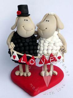 """Schafs Brautpaar """"Love"""" von www.tortenfiguren.at - Sheep Weddingcake Topper"""
