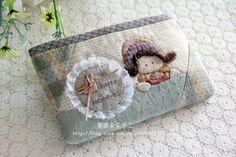手工布艺diy材料包 先染材料包 拼布包 开心时刻收纳包 手机包-淘宝网