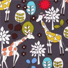 grauer Michael Miller Stoff Giraffen im Garten 1