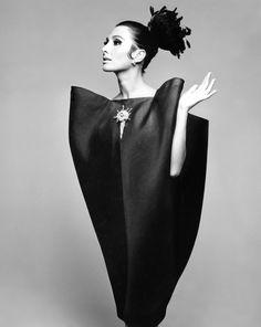 Alberta Tiburzi in Cristóbal Balenciaga   Envelope Dress   1967