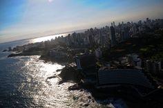 http://presentes-bergolli.com/br/presentes-de-experiencias-aventuras-aereas/passeios-de-helicoptero-salvador.html
