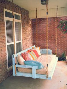 diy lovely pallet porch swing idea