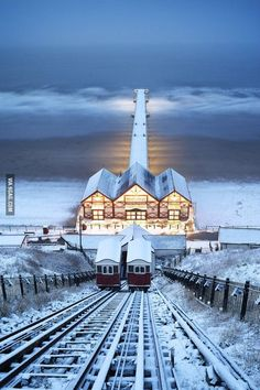 Winter - Saltburn Cliff Lift in the Snow, Saltburn-by-the-Sea, North Yorkshire, England Places Around The World, The Places Youll Go, Places To See, Around The Worlds, Yorkshire England, North Yorkshire, Beautiful World, Beautiful Places, Winter Szenen