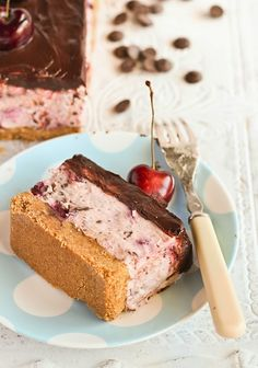 Recipe | Cherry Garcia Cheesecake ~This recipe includes a no-bake filling, and uses a regular loaf pan for a finished dessert that's unique and special. #bridal shower