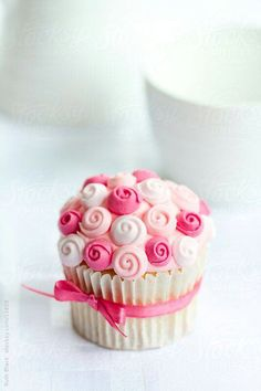 Pink Cupcake - Love the ribbon around the liner and small flowers