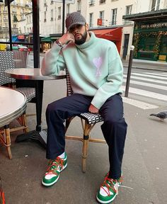 rocking a dope outfit Winter Outfits Men, Stylish Mens Outfits, Casual Outfits, Men Casual, Smart Casual, Mode Masculine, Black Men Street Fashion, Winter Street Style Men, Hypebeast Outfit