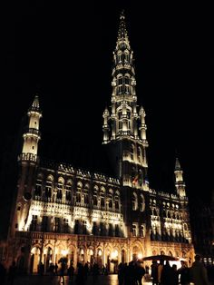 Nicest spot in Brussels Belgium, Grand Place Brussels Belgium, Empire State Building, Cathedral, To Go, Spaces, Cathedrals