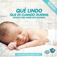 Descubre más sobre los misterios de las fases del sueño de tu bebé: http://escuelahuggies.com/Historia/El-sueno-del-bebe-recien-nacido-y-sus-dos-fases.aspx