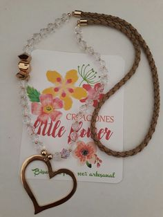 Collar de Creaciones Little Flower. Bisutería fina 100% artesanal.