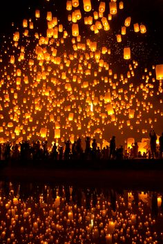 YeePeng Festival ChiangMai Thailand (by chattakan kosol)