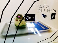 """Data Kitchen – das etwas andere Restaurant in Berlin-Mitte    #lifestyle #joesrestandfood #top #hype #trend  #mysportblogberlin #glamour #hip #style #tagsforlikes #tflers #bestoftheday #photooftheday #travel #datakitchen #sap #berlin #restaurant #future  Hallo aus Berlin, das mögliche Restaurant der Zukunft liegt in der Rosenthaler Str. 38, 10178 Berlin-Mitte und heißt """"Data Kitchen"""". Es wird betrieben von keinem geringeren als Heinz Gindullis, der…"""