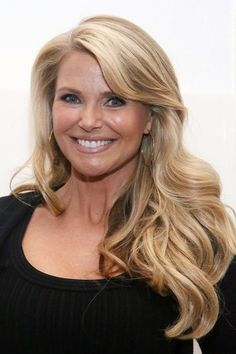 The Hottest Long Hairstyles & Haircuts For 2014 - Christie Brinkley