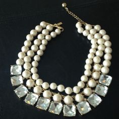 Kate spade statement necklace Rare! Like new!! kate spade Jewelry Necklaces