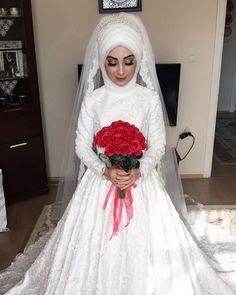 Tülden drape volm825252527 😄☺️ #makeup #profesyonelmakyaj #gelinbaşı #türbantasarım #hijab #takmakirpik #duvak #elbuketi #düğün #nişan #kınagecesi #özel #günler #kişiyeözel #evde #vıp #hizmet