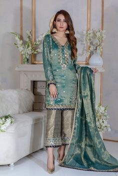 Items similar to Pakistani Indian Ethnic Bollywood Women Designer Salwar kameez luxury pret Wedding outfit latest eid collection on Etsy in 2019 Shadi Dresses, Pakistani Formal Dresses, Pakistani Wedding Outfits, Pakistani Dress Design, Indian Dresses, Indian Outfits, Dresses Dresses, Designer Salwar Kameez, Shalwar Kameez