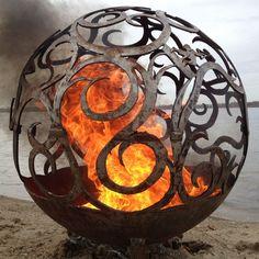 15+ Wonderful Spherical Fire Pits Ideas