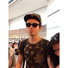 Nathan at the airport 19/05/2014