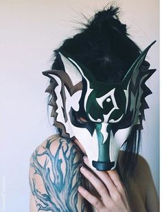 Twilight Princess wolf Link mask from the Legend of Zelda Twilight Wolf, Zelda Twilight Princess, Belle Cosplay, Link Cosplay, Wolf Mask, Leather Mask, Best Mascara, Animal Masks, Mask Design