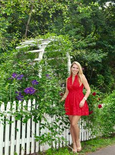 Little red sundresses are so fun and perfect for summer. Head to BayStateBlonde.com to read more about this look!
