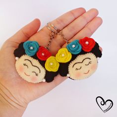 BY TWO Frida Kahlo Keychain Frida Keychain felt set Frida image 1 Crafts To Sell, Diy And Crafts, Felt Keychain, Sewing Projects, Craft Projects, Felt Crafts Patterns, Mexican Crafts, Diy Accessoires, Fabric Bags