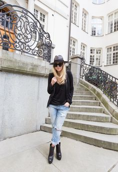 BOYFRIEND JEANS : P.S. I love fashion by Linda Juhola