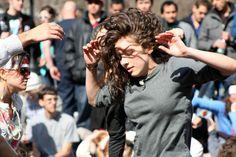 wikiHow to Organize a Flash Mob -- via wikiHow.com