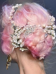 Dolce and Gabbana SS14 // pink hair