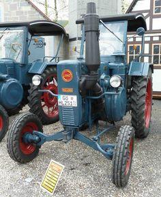 Lanz 2806, Bj. 1951, gesehen bei der Oldtimerausstellung der Traktor-Oldtimer-Freunde Wiershausen, April 2012