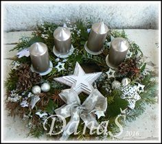 Christmas Wreaths, Christmas Decorations, Holiday Decor, Candles, Ideas, Home Decor, Wreaths, Christmas Tabletop, Advent