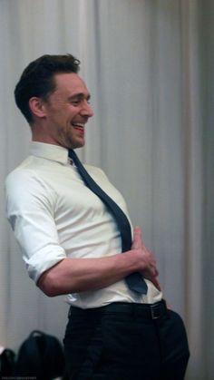 Loki Marvel, Marvel Actors, Thomas William Hiddleston, Tom Hiddleston Loki, Loki Aesthetic, Loki Wallpaper, Toms, Marvel Photo, Avengers Cast