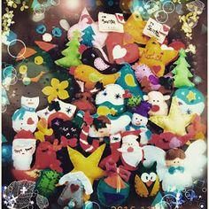 POIANA CU GAZUTZE: Ornamente fetru #fetru #handmade #craciun #cadou #moscraciun #jucarie #coronita #mosnicolae #sarbatori #decoratiuni #ornamente #felt #christmas #ornaments #decorations #toys #christmastree #santa #gift Felt Christmas, Christmas Ornaments, Coron, Bowser, Snoopy, Santa, Decorations, Toys, Gifts