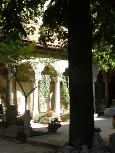 Bucharest. Love columns, courtyards and shadows. Photo by Carey Normand, May, 2013