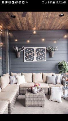 back patio decor Home Design Decor, Interior Design, Design Ideas, Porch Interior Ideas, Home Decor Ideas, Diy Home Decor On A Budget, Design Design, Back Patio, Small Patio