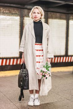 She's Wearing: Carven top, Prada skirt, Creatures of the Wind jacket, adidas sneakers, and a Vlieger & Vandam bag Look Fashion, Spring Fashion, Womens Fashion, Mode Style, Style Me, Tavi Gevinson, Fashion Pictures, Style Pictures, Nyc Subway